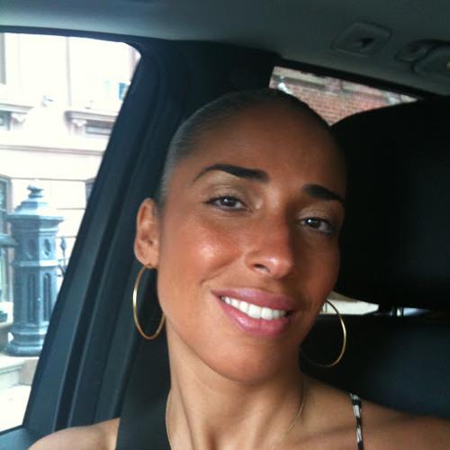 Rosalina Smith's avatar