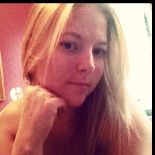 Brittany B's avatar