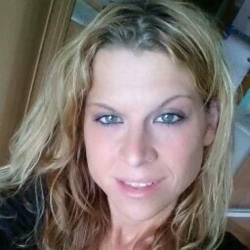 Sabrina Bonk's avatar