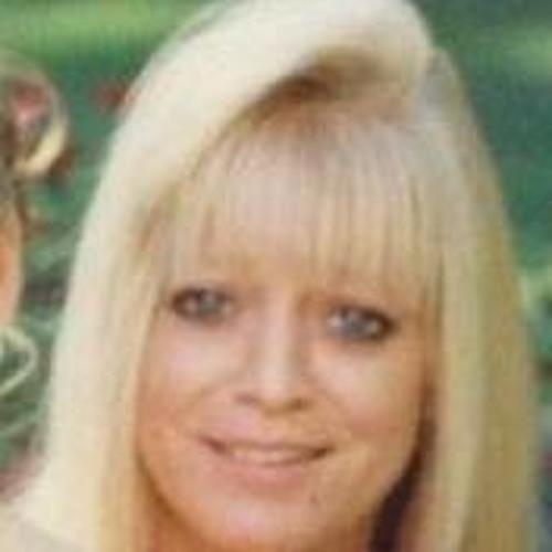 Marianne L Malek's avatar
