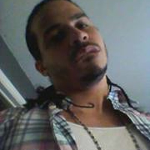 Jose L. E. Erazo's avatar