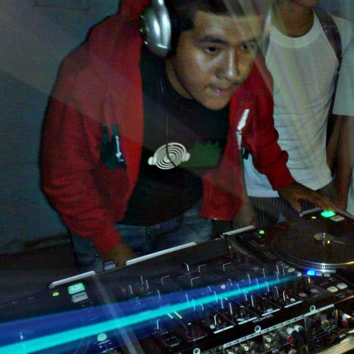 CarlosDj Peru's avatar