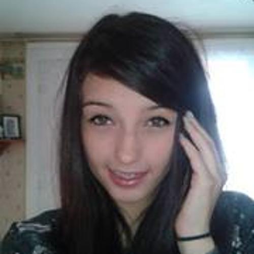 Julia Godin's avatar
