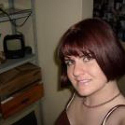 Carol Hencklein's avatar