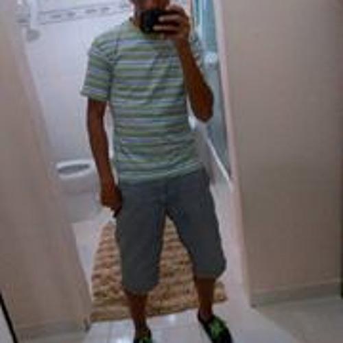 Christopher Castillo 14's avatar