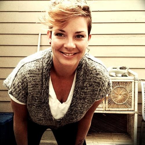 Jen Ouellette's avatar