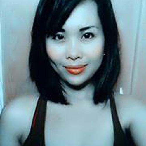 Tash Azucena's avatar