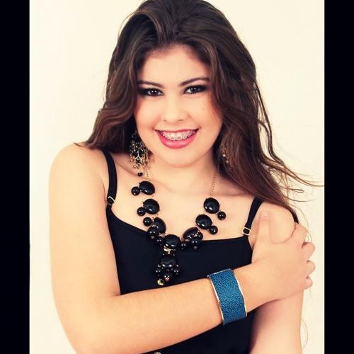 Luana Victória's avatar