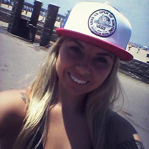 Jessica Dombrowski Netto's avatar
