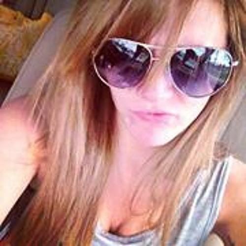 Alyssa Catherine's avatar