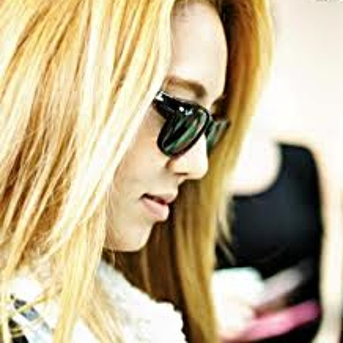 hyowithglasses's avatar