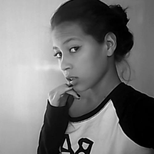 Nathalia de Oliveira 2's avatar