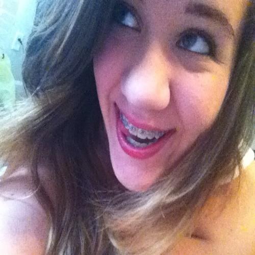 liz bullock's avatar
