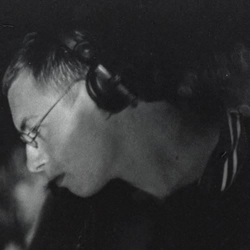 DJ Simon Caldwell's avatar