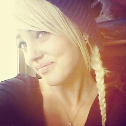 alana_tilly's avatar