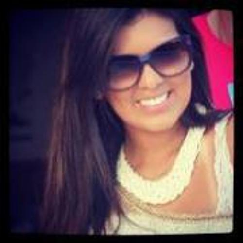 Bruna Barcellos's avatar