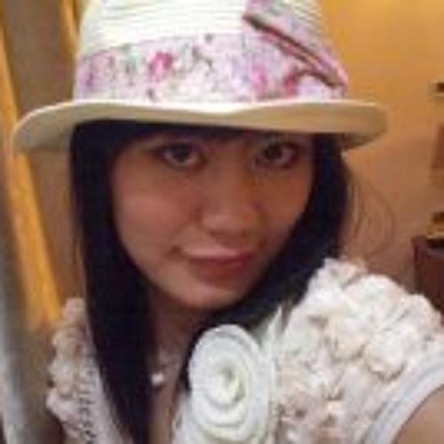Ying Homzinhsai's avatar