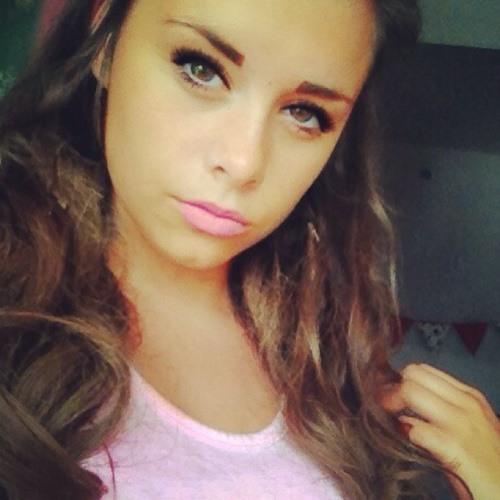 Lara Kingston's avatar