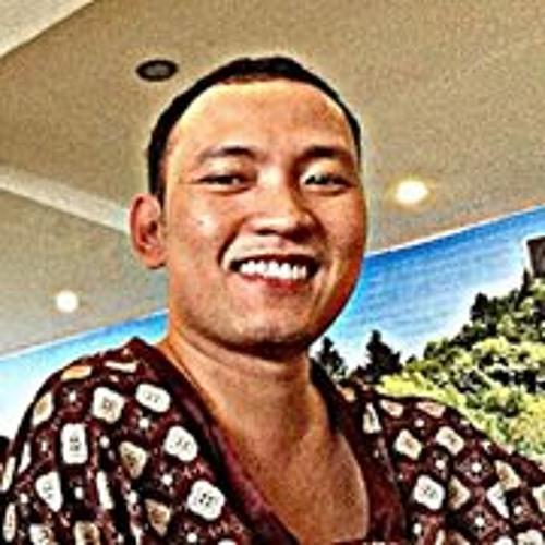Wynn Cruz's avatar