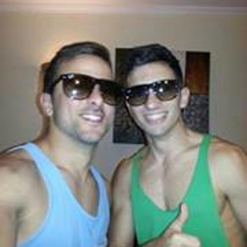 Raúl Hernandez 104's avatar