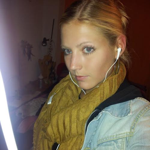 Vanessa Kuster 1's avatar