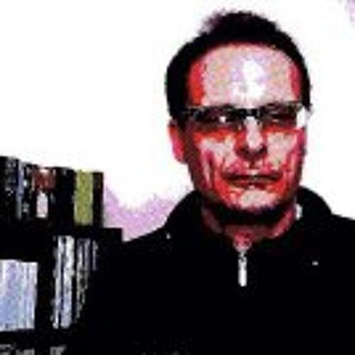 Renato Maccacaro's avatar