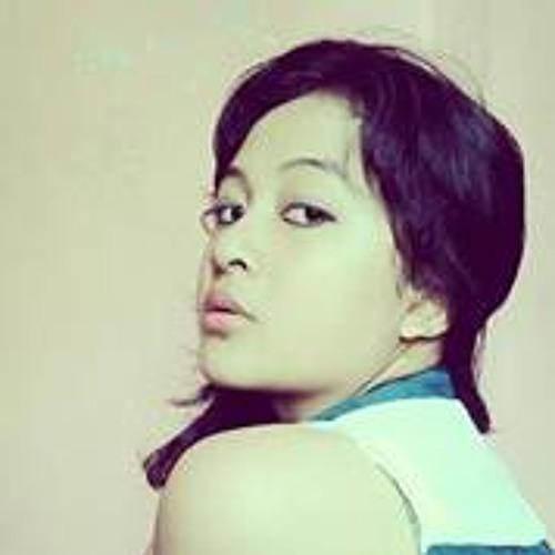 Titania Alicya's avatar