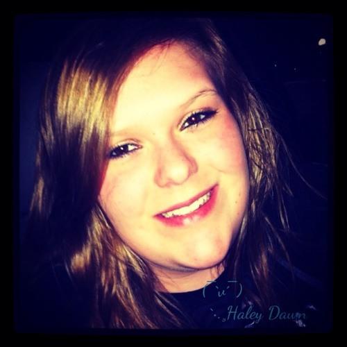 Haley (:'s avatar