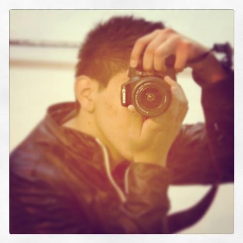Oscar Mendoza [Ziqz]'s avatar