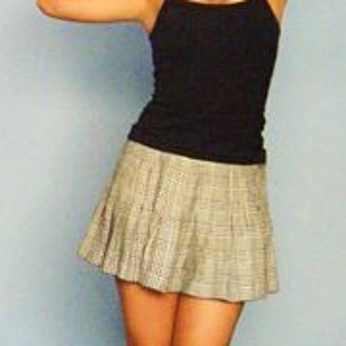 Alexandra Galvez 2's avatar