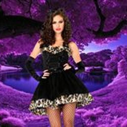 Lilli Papas's avatar