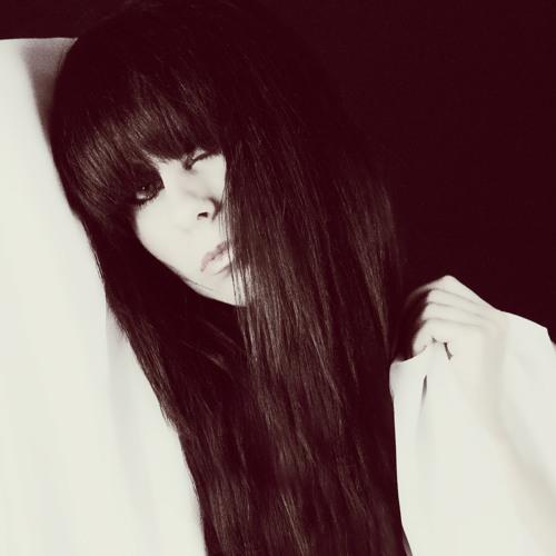 Zora's avatar