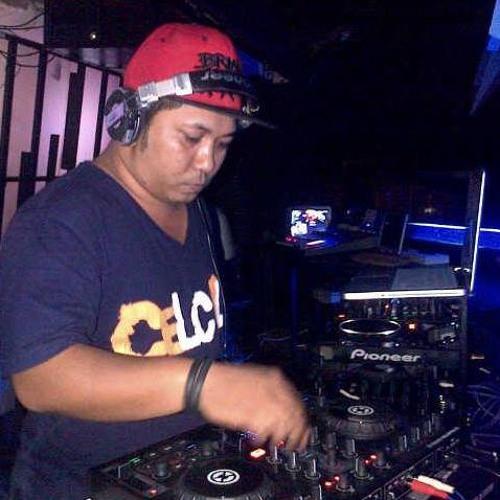 DJ'ApunxLEVEL's avatar