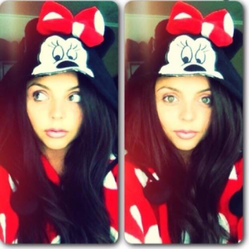 Nicole Marie Carroll's avatar