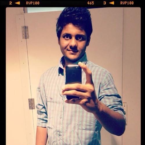 Divy Brahmbhatt's avatar
