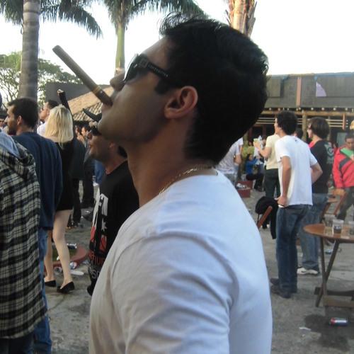 Carlos Nahur's avatar