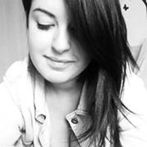 Mariana Stegemann's avatar