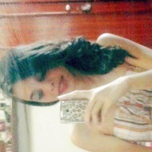 Carol Madureira 1's avatar