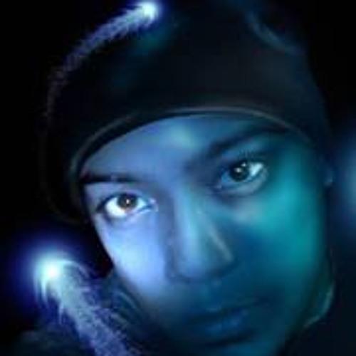 Ravi Lall Schiller's avatar