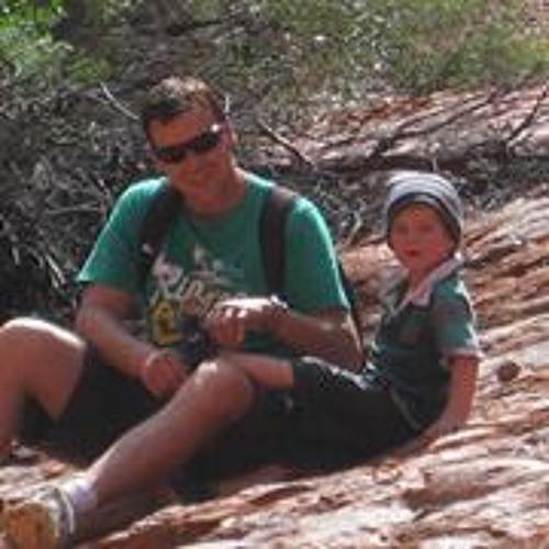 Michael Pearce 16's avatar