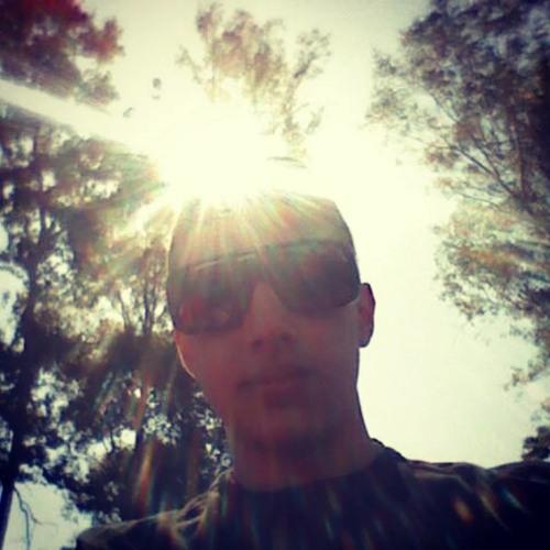 Caio Faramilio's avatar