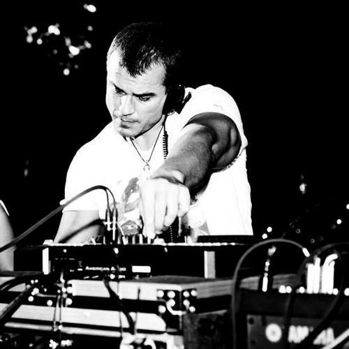 DJ Borra's avatar