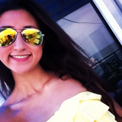 juliana Correa's avatar