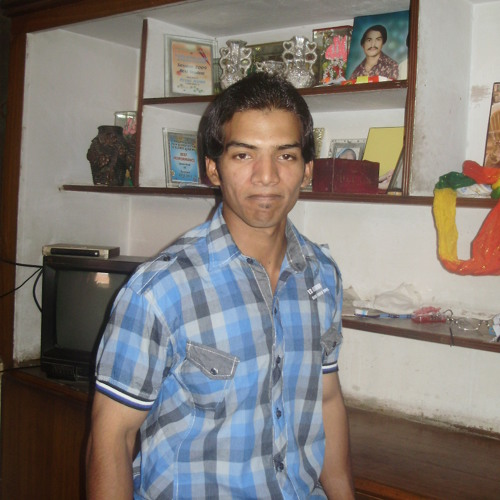 ayazaslam's avatar