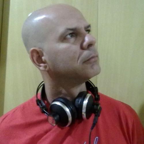 DJPAULOFERNANDO's avatar