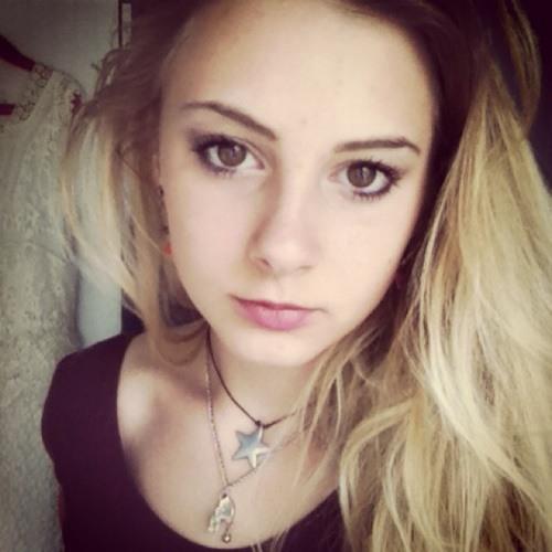 rosie1996's avatar
