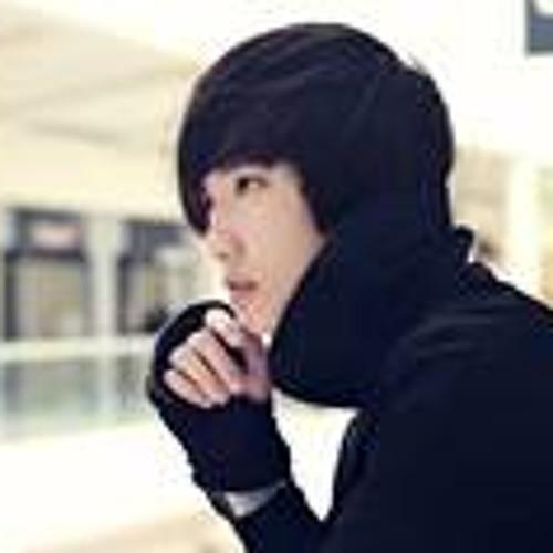 Kai Lun Qu's avatar