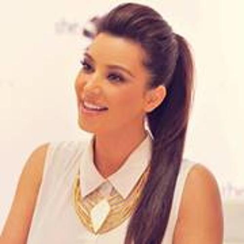 aya waeel's avatar