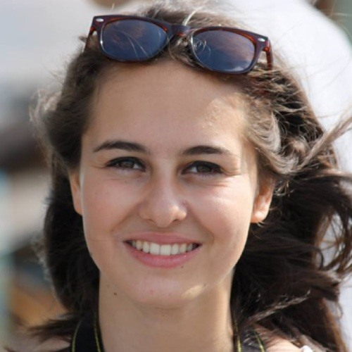 alice bgt's avatar