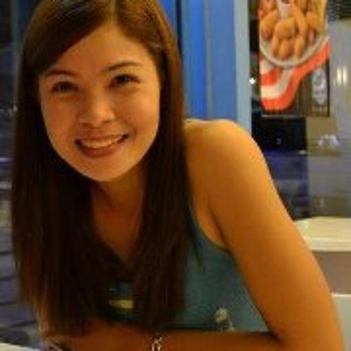 Emily Española's avatar